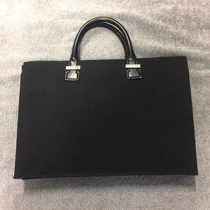 Gucci Canvas Briefcase. Model 015-3702. Black.